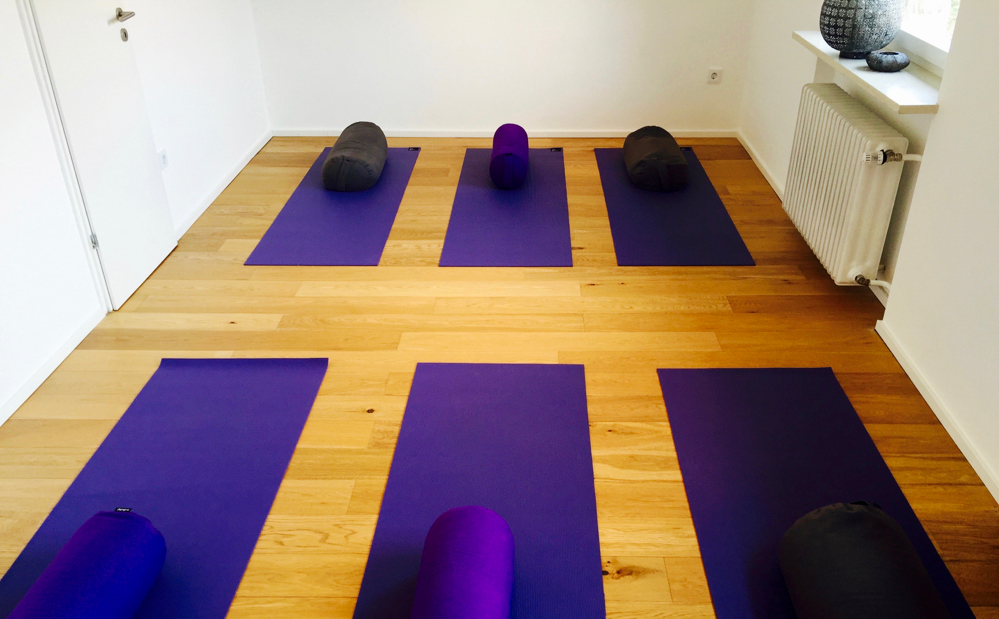 Mami Yoga, Studio, München, Baby, Yoga für Schwangere, Workshops