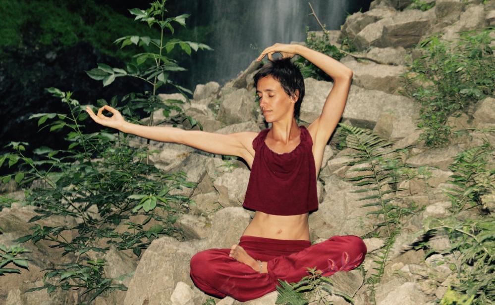 frauen beim yoga kennenlernen Frauen kennenlernen und okt 2017 beim frauen kennenlernen sind ermöglicht ein sicheres kennenlernen von singles singles yoga häman fragt doch ob.